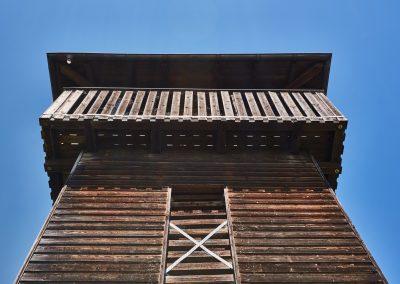 Vogelturm Ering von unten